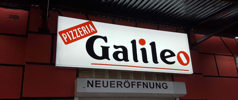 Leuchtkasten mit Plott für Pizzeria in Bremen