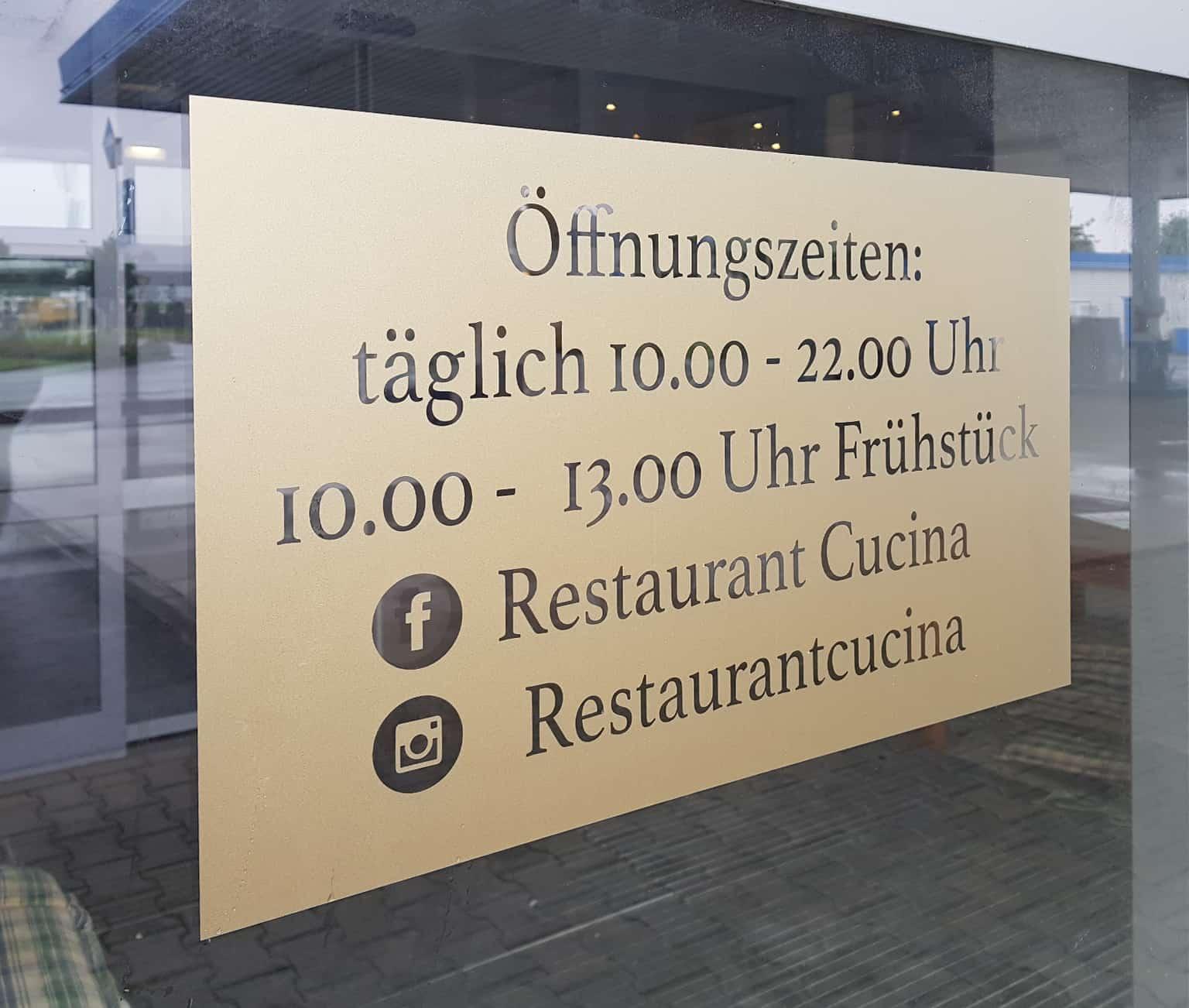 Glasdekor Milchglasfolie Gold Reklame Bremen