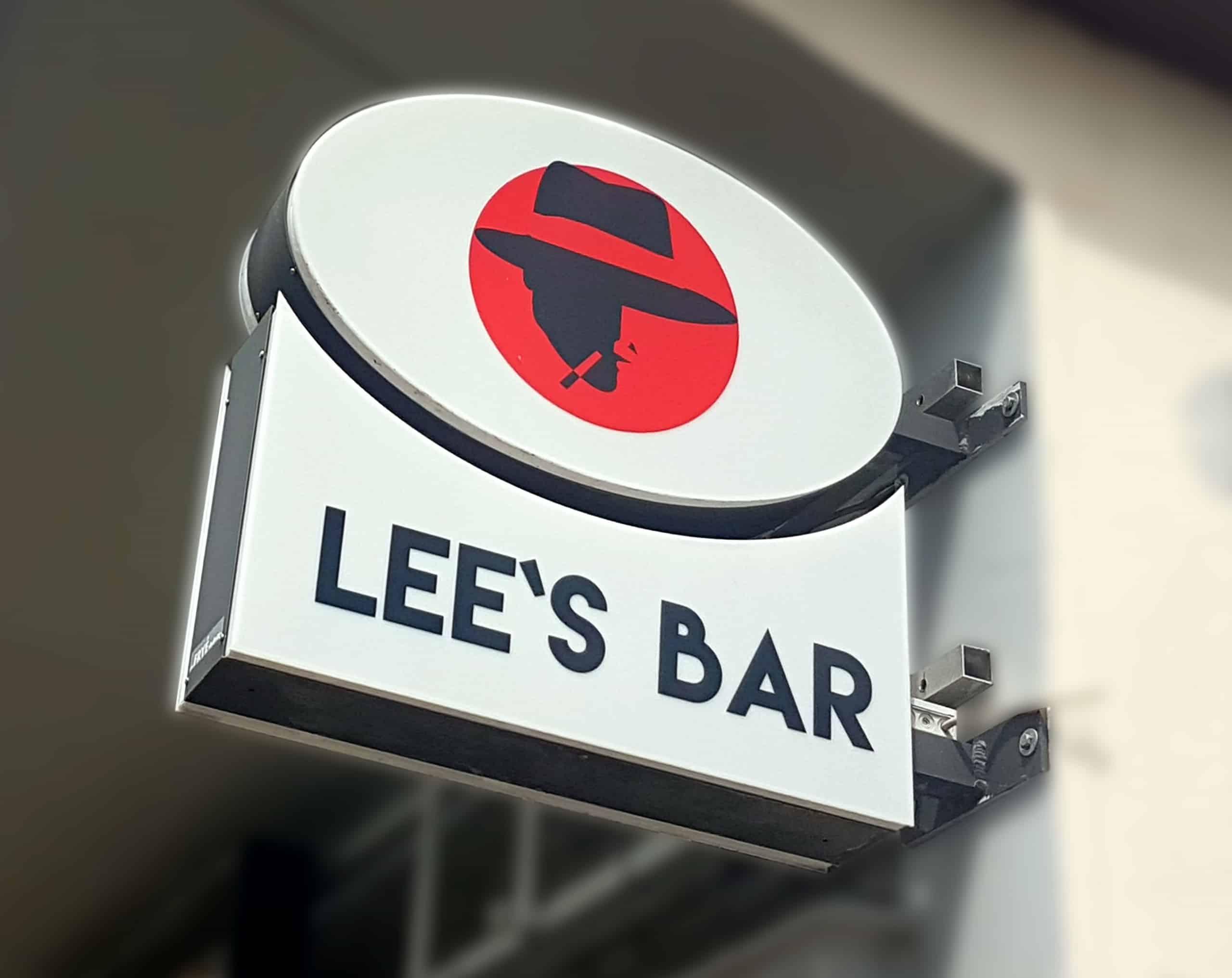 Leuchtkasten Lees Bar Reklame Bremen