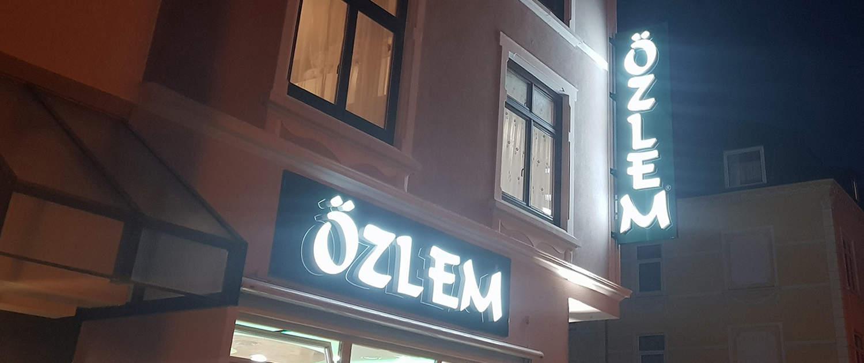 LED 3D Buchstaben Özlem Reklame Bremen